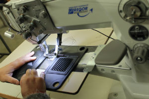 couture contrôle qualité maroquinerie la pommeraye mauges sur loire